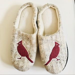 Isotoner slippers with red bird